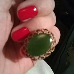 Jewelry - 14k Vintage Jade ring sz7